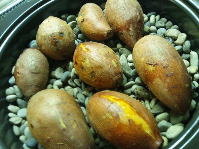 石焼きいも機で焼いた安納芋